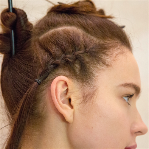 Fashion Week Hair Style Paul Mitchell Geflochten Cornrow