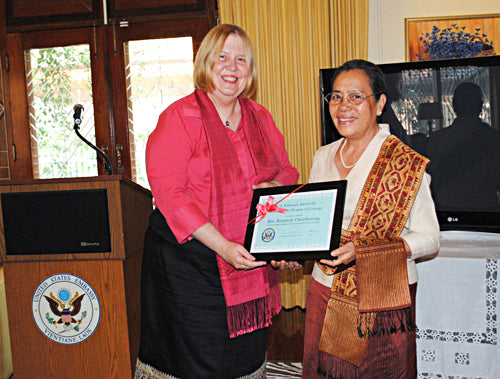 Kommaly Chanthavong wins International Women of Courage Award
