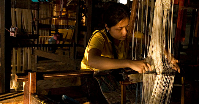 silk weaving in Laos