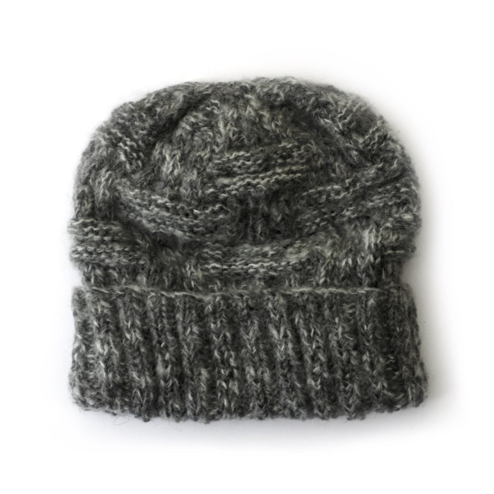 chunky criss cross cable knit hat in dark grey