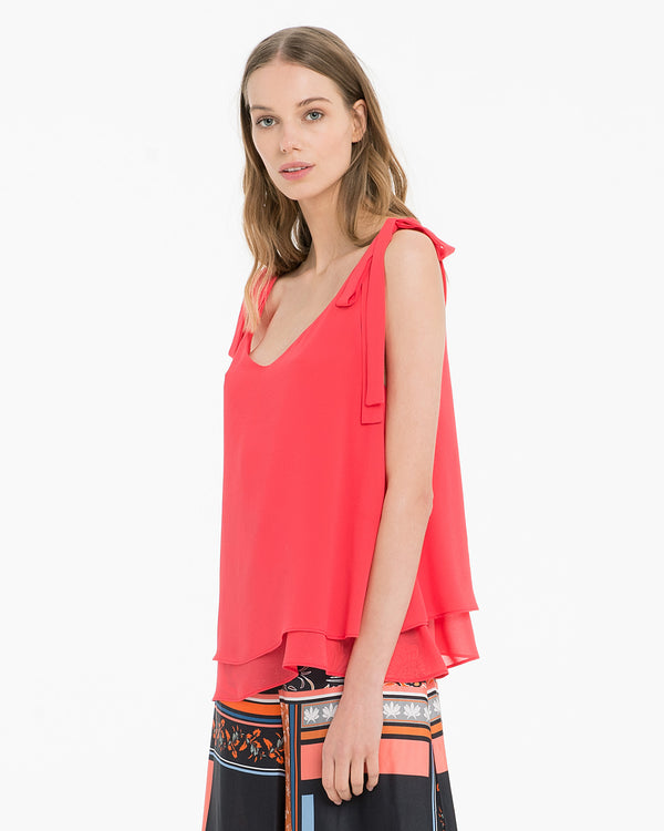 Blusa in georgette dalla linea flair-CANNELLA