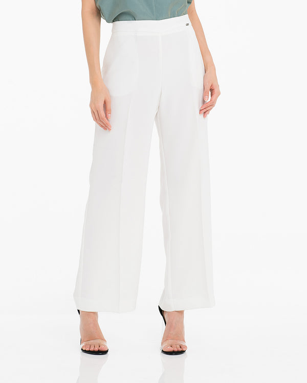 Pantaloni cropped in tessuto invers satin-CANNELLA