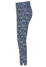 Load image into Gallery viewer, Tribal Floral Capri Style 37030