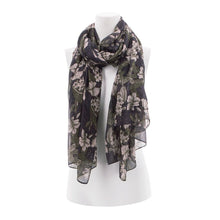 Load image into Gallery viewer, Aventura Augusta Scarf - Style Z44700