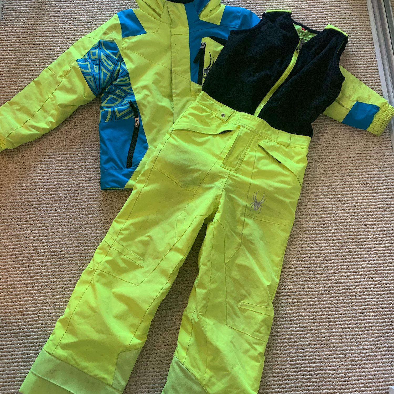 Kids Spyder size 7 Ski set