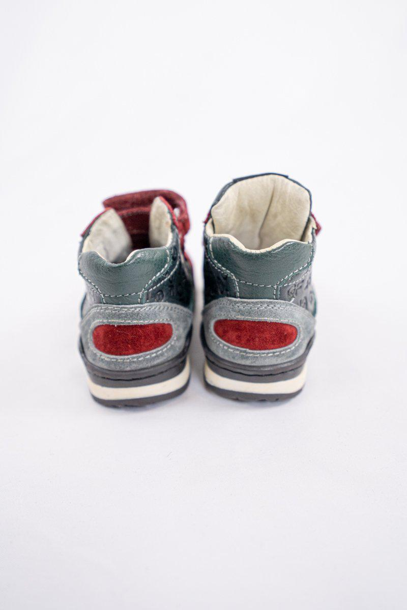 GF Ferre Sneakers in Red and Grey