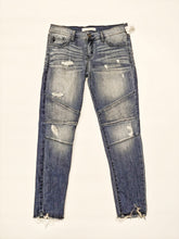 Load image into Gallery viewer, Kancan Jeans Women's Size 7/27