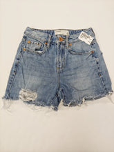 Load image into Gallery viewer, Garage Shorts Women's Size 0