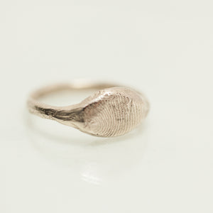 Raw thick finger print ring