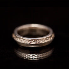 Load image into Gallery viewer, Raw & Smart thick silver rings
