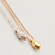 Load image into Gallery viewer, Faceted-crystal necklace