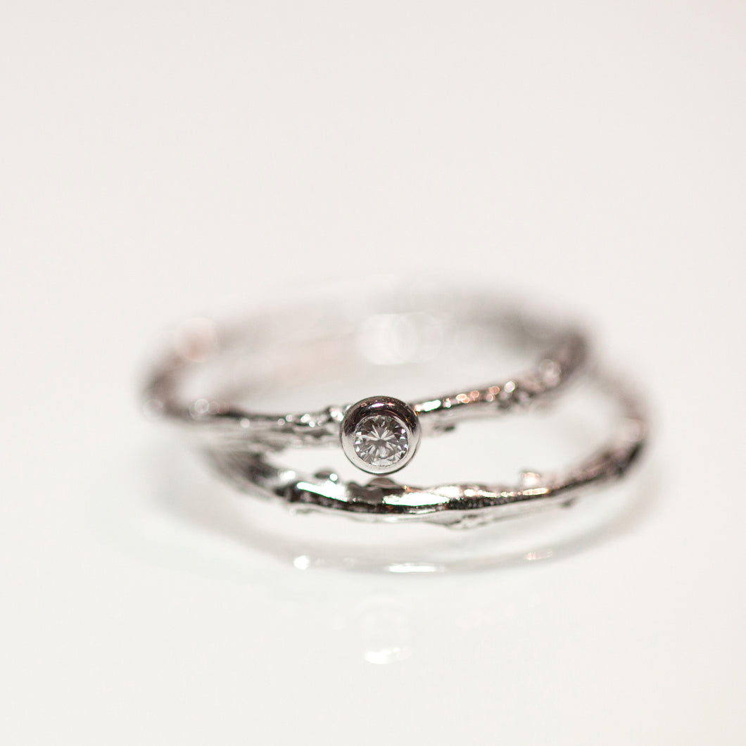 Small diamond branch ring