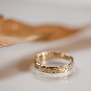 Raw straight edge gold rings