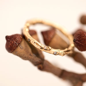 Scattered Diamonds branch rings