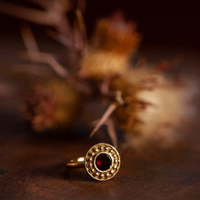 Load image into Gallery viewer, 18K Oriental garnet ring