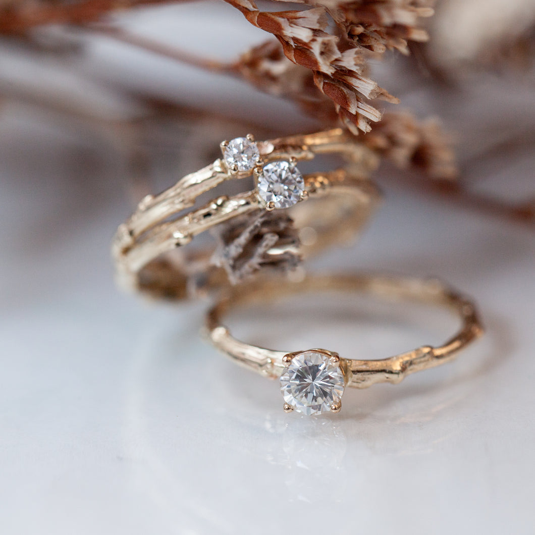 White branch rings