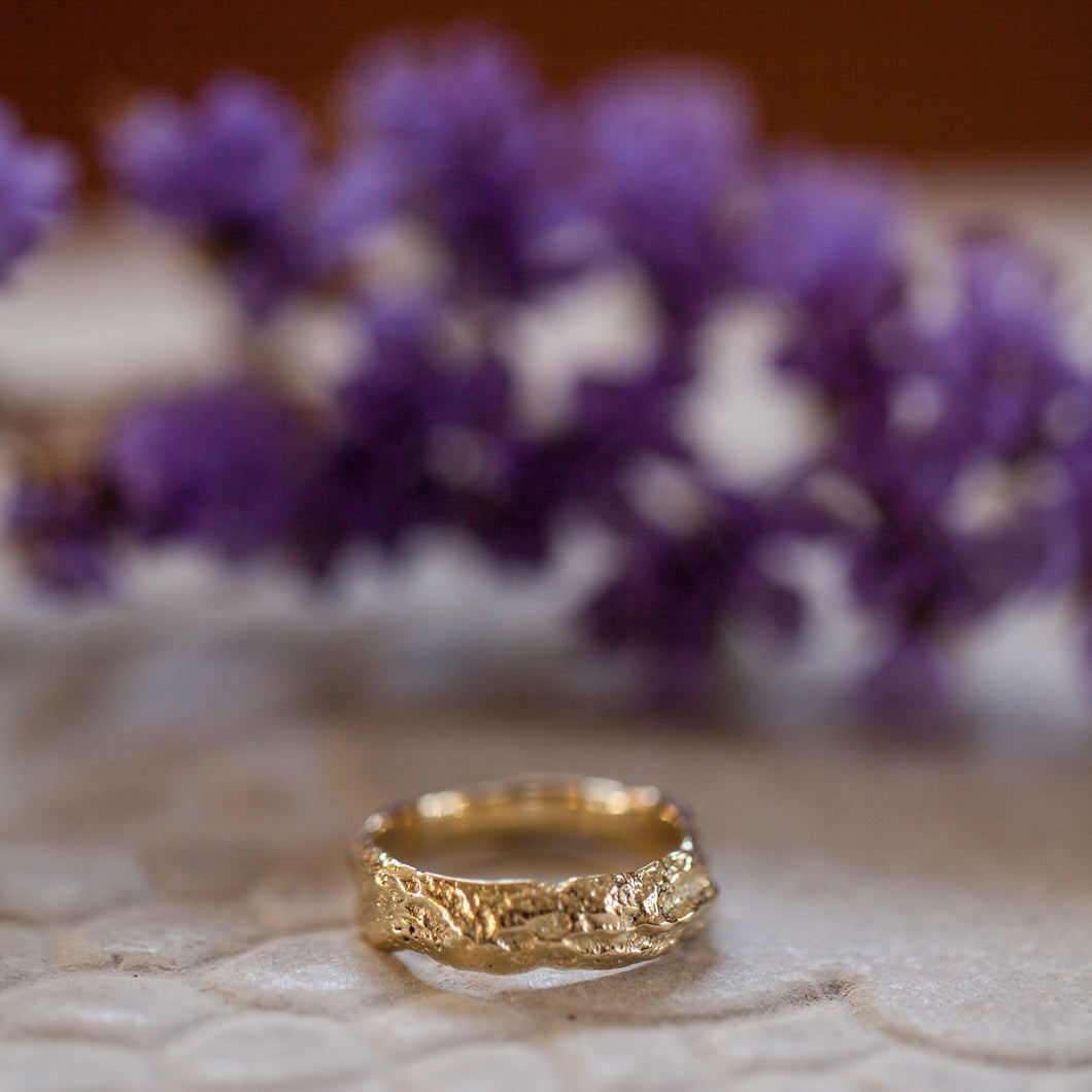Deep raw gold rings