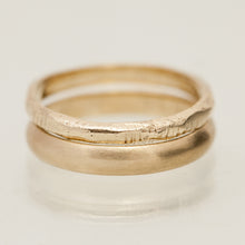 Load image into Gallery viewer, Faceted raw & clean gold rings