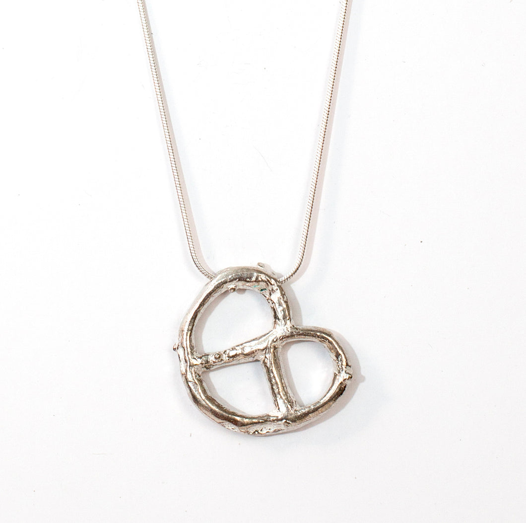 Silver bagel necklace
