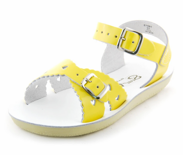 Salt Water Sandals: Sweetheart (Multiple Colors/Sizes)
