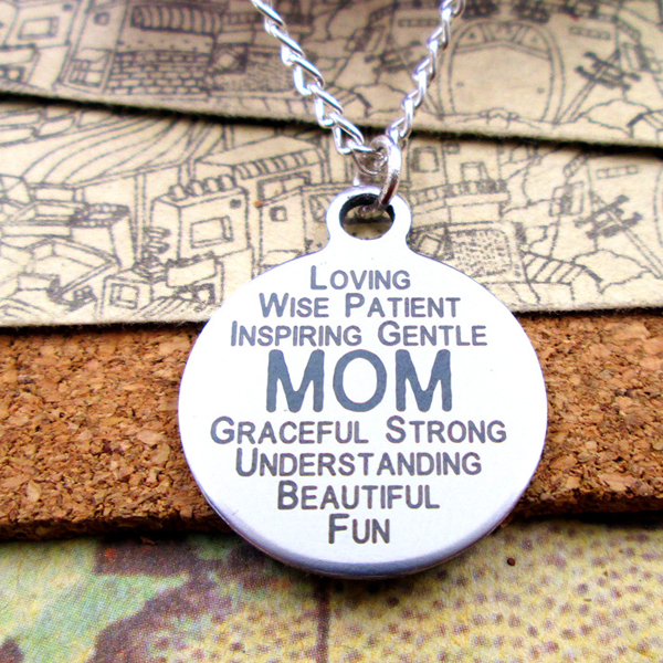 Loving Mom Pendant Necklace