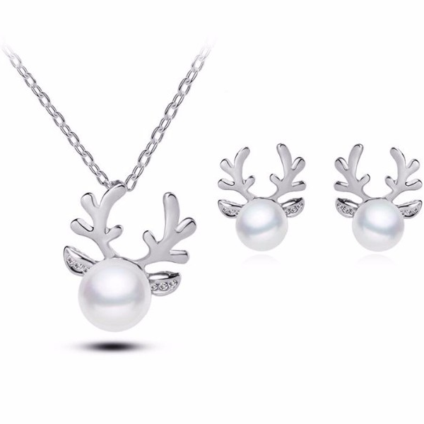 Crystal Antler Pearl Earrings & Necklace Set