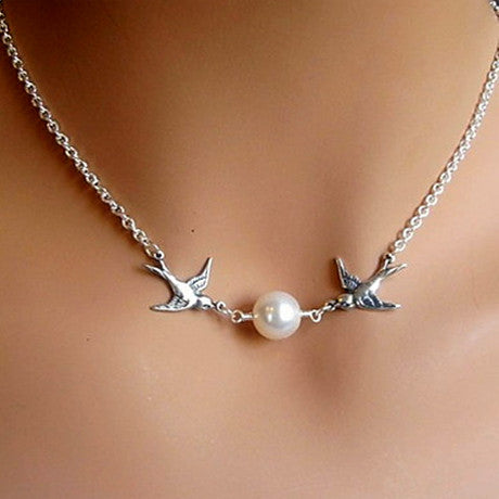Bird Pearl Collarbone Length Necklace - Florence Scovel - 1
