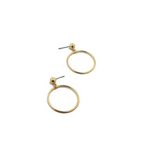 Gold Geometric Round Earrings