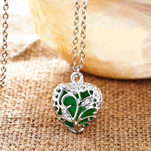 Glow In The Dark Heart Necklace - Florence Scovel - 5