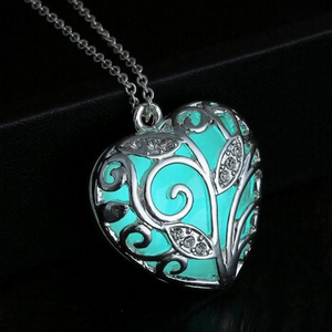 Glow In The Dark Heart Necklace - Florence Scovel - 2