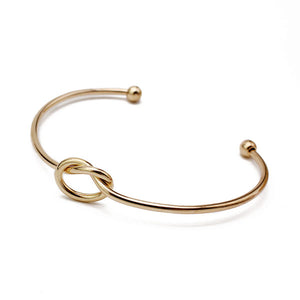 Love Knot Classic Bangle