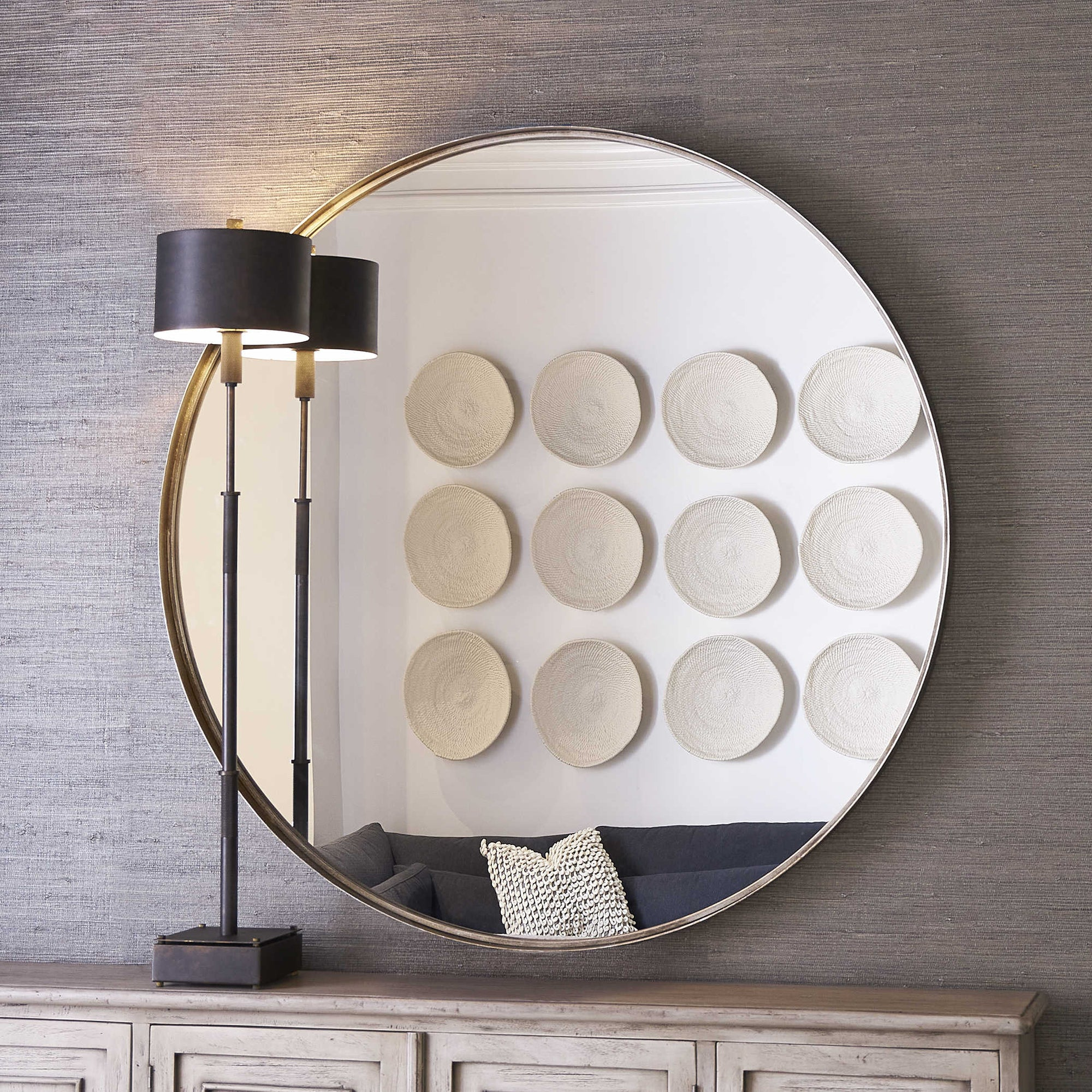 Round Mirror in Silver Leaf.