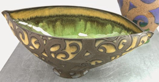 LIZ KINDER 'SWIRLS OF HAPPINESS' BOWL