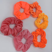 Load image into Gallery viewer, Tropical Paradise Scrunchie Set