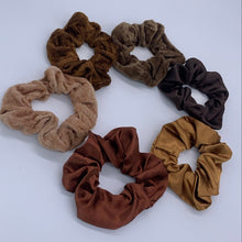 Load image into Gallery viewer, Melanin Scrunchie Set