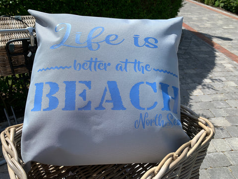 LIFE IS BETTER AT THE BEACH Outdoorkissen 45x45cm