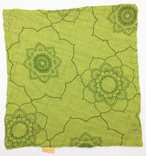 Load image into Gallery viewer, Lime Mandala - bandi bib