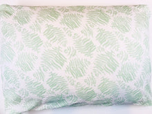 Load image into Gallery viewer, Standard Muslin Pillowcase (choice of pattern)