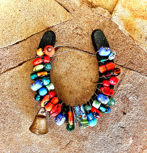 Art, beaded horseshoe
