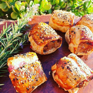Pork and Fennel Sausage Rolls with Cheese and Tomato Pickle – 20 pieces