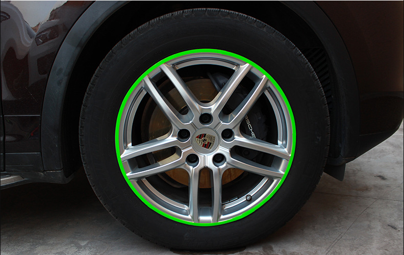 DIY reflective stickers for car wheels