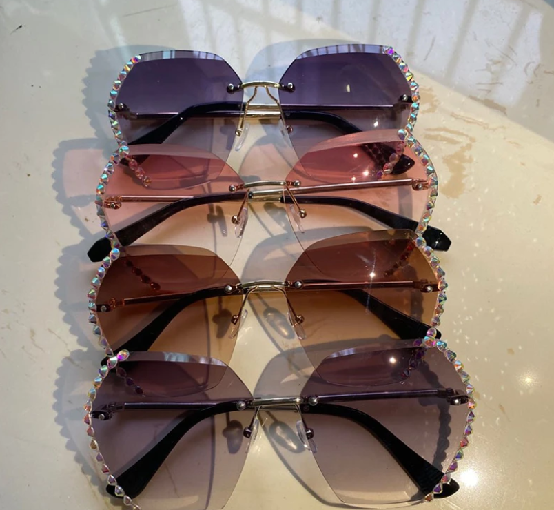 (Buy 2 Enjoy Free Shipping)PERLA CRYSTAL SUNGLASSES