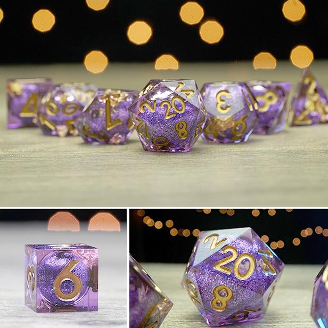 (Buy 2 off 8%)Gem dice set