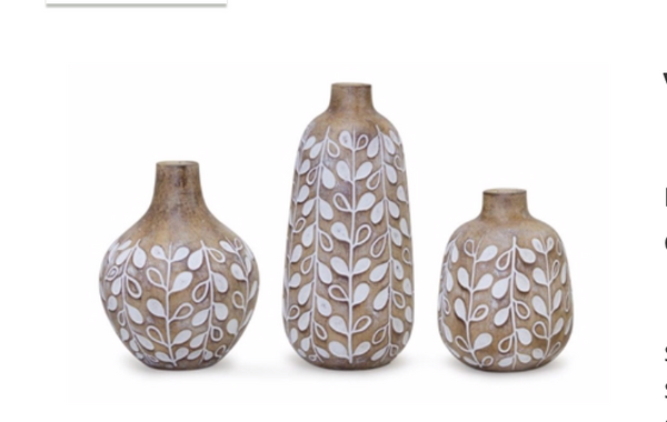 Natural and white Vases