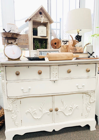 Cottage White Ornate Buffet