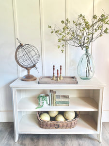 Cottage White Console
