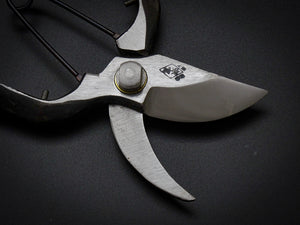 ABUKUMAKAWA FORGED SECATEURS 180MM / SPRING CLIP