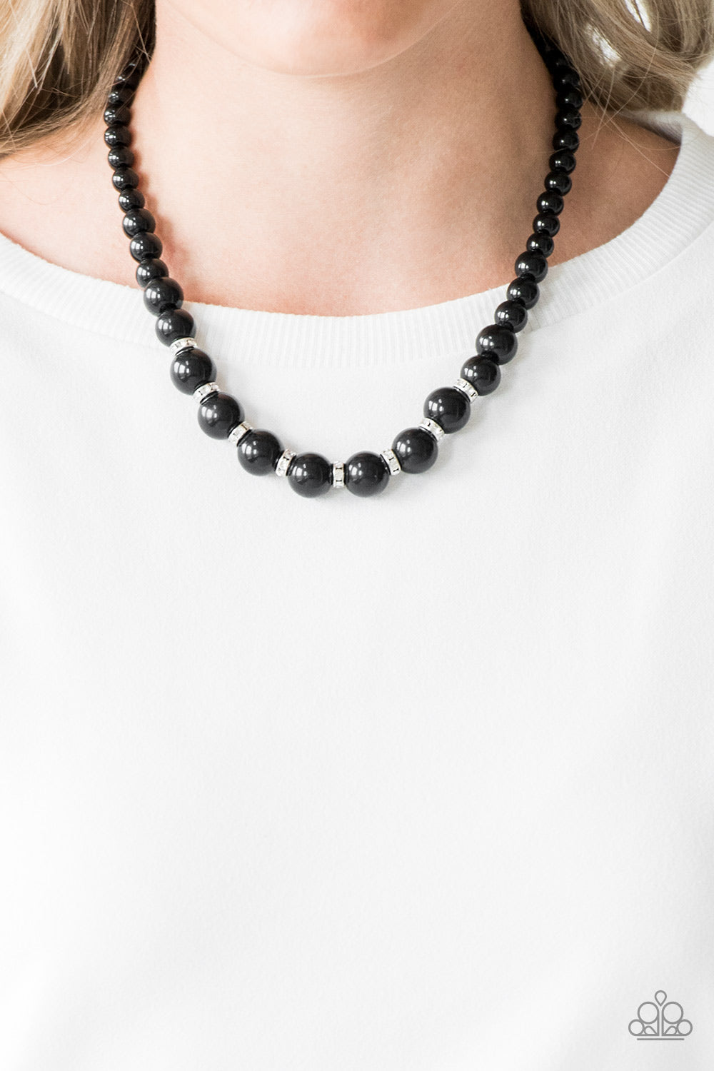 Showtime Shimmer - Black Pearl - Necklace