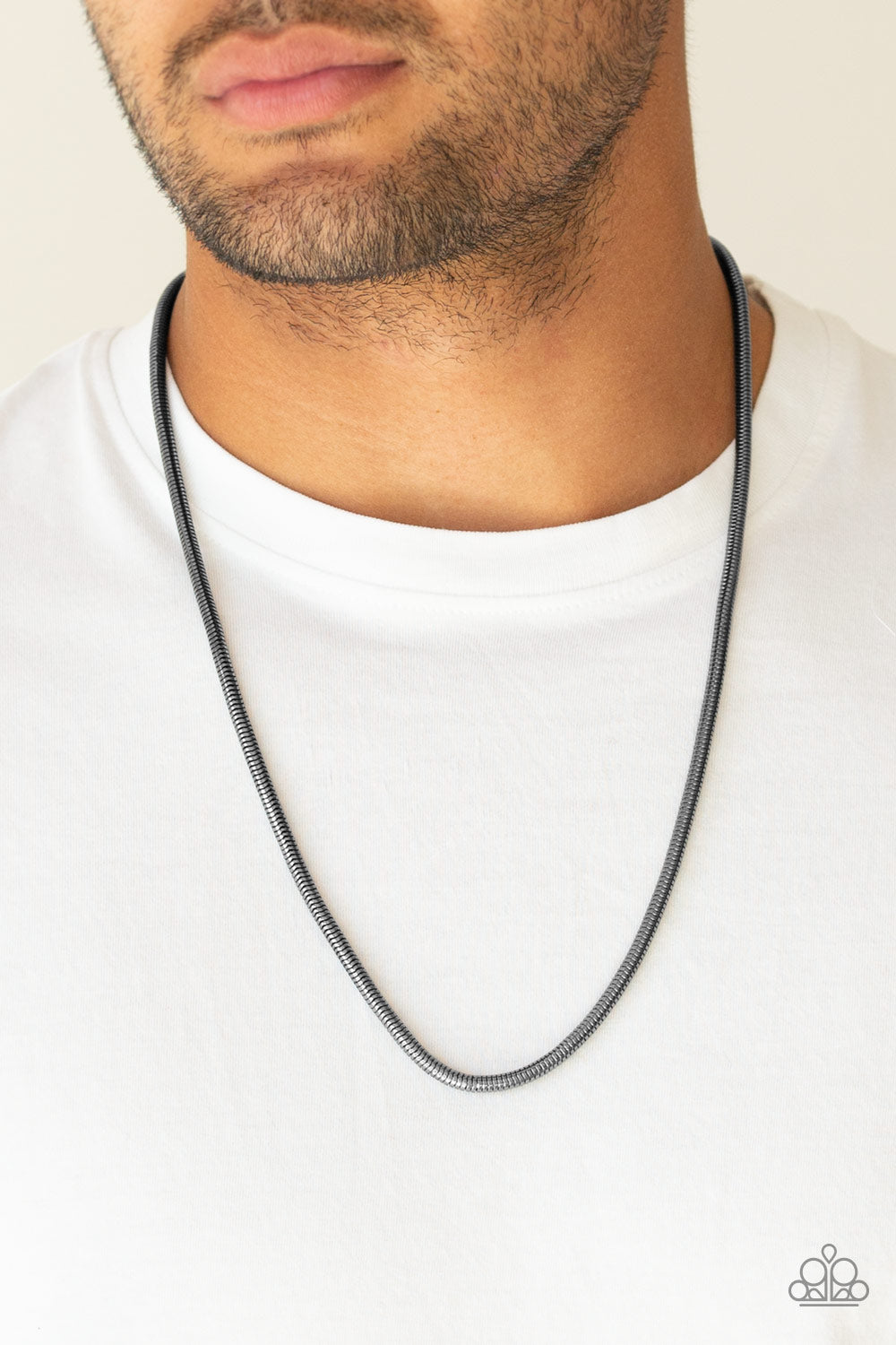 Victory Lap - Black - Necklace