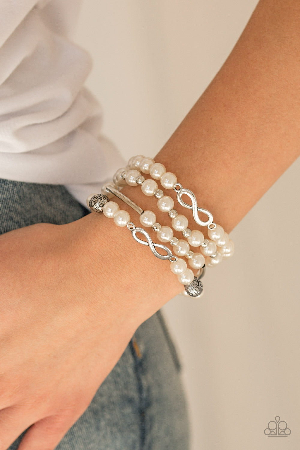 Limitless Luxury - White - Bracelet